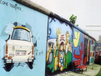 Berlin-Wall-1